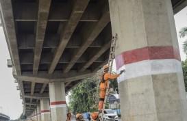 Operator Tol Becakayu Bangun Trotoar di Tengah Jalan Kalimalang