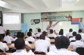 71 Mahasiswa Ikopin Asal Papua Diajak Berwirausaha