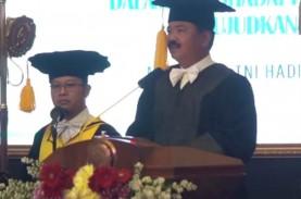 Panglima TNI Resmi Sandang Gelar Doktor Kehormatan…