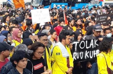 5 Terpopuler Nasional, 2.000 Mahasiswa Akan Unjuk Rasa di Gedung DPR dan Spanduk Gibran Jokowi Bermunculan di Solo