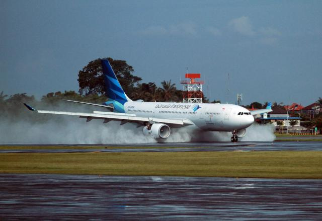 Garuda Indonesia. - Paulus Tandi Bone