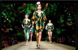 Dolce & Gabbana Sajikan Nuansa Hutan di Milan Fashion Week