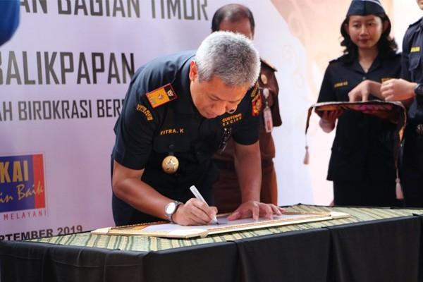 Kanwil Bea Cukai Kalimantan Bagian Timur dan Bea Cukai Balikpapan Deklarikasikan Zona Integritas