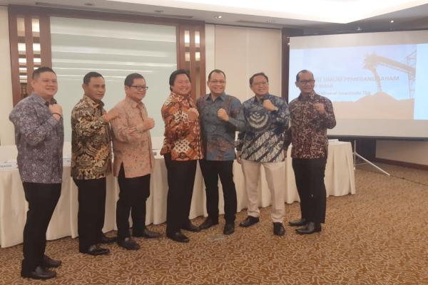 Manajemen PT Cita Mineral Investindo Tbk. usai menggelar RUPSLB di Jakarta, Senin (30/9/2019). - Bisnis/Muhammad Ridwan
