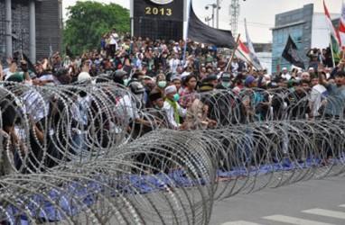 Dua Anggota DPRD Riau Temui Massa Aksi