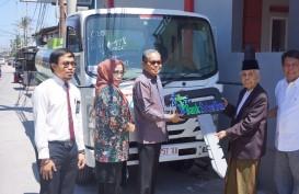Bank Sulselbar Donasikan Mobil Tangki Air ke Ponpes Nahdlatul Ulum Soreang