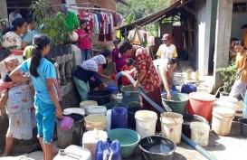 BPBD Lebak Distribusikan Air Bersih Dua Truk Tangki
