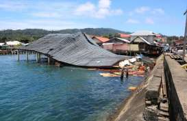Tangani Korban Gempa Ambon, Tenaga Medis Dimobilisasi