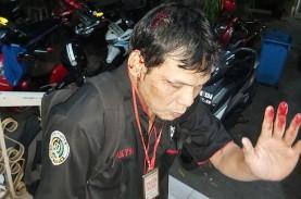 Wartawan Dipukul Hingga Berdarah Saat Rekam Keributan…