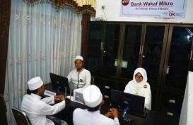 OJK Dorong Pengembangan Nasabah Klaster Batik Bank Wakaf Mikro