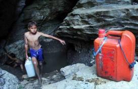 Warga Kaki Gunung Gede Pangrango Kesulitan Air Bersih