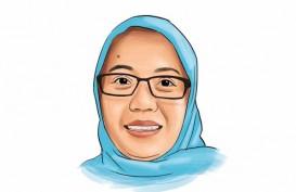 SPEKTRUM : Tentang Batik