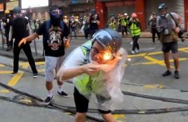 Seorang Jurnalis Terkena Bom Molotov Hong Kong, Begini Kondisinya