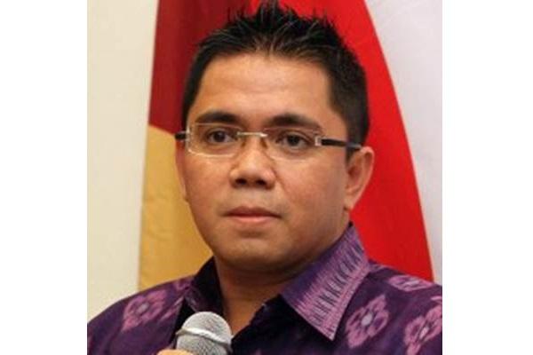 Arteria Dahlan : Mewakafkan diri untuk menyatakan yang benar - WikiDPR