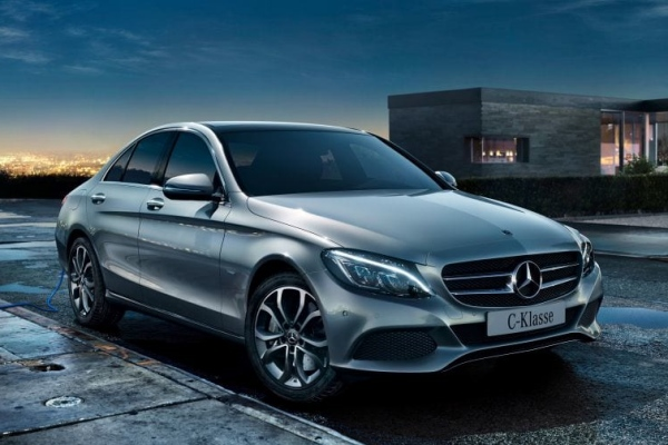 ilustrasi - Mercedes/Benz