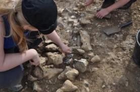 Kapak Corong Perunggu Ditemukan di Situs Bobu Uriyeng,…