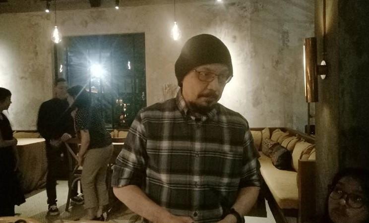 Andy Flores Noya, jurnalis sekaligus Ketua Komite Mata Nasional, saat ditemui pada acara Dine in the Dark, Jakarta Selatan, Senin (14/10/2019) malam. JIBI/Bisnis - Dionisio Damara