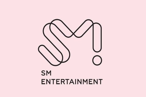 Logo SM Entertainment / Dok. smentertainment.com