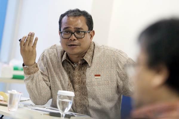 Direktur Utama PT Indonesia Kendaraan Terminal Tbk. (IPCC Terminal) Chiefy Adi Kusmargono memberikan paparan di sela-sela kunjungan IPCC ke kantor Bisnis Indonesia di Jakarta, Kamis (6/12/2018). - JIBI/Felix Jody Kinarwan