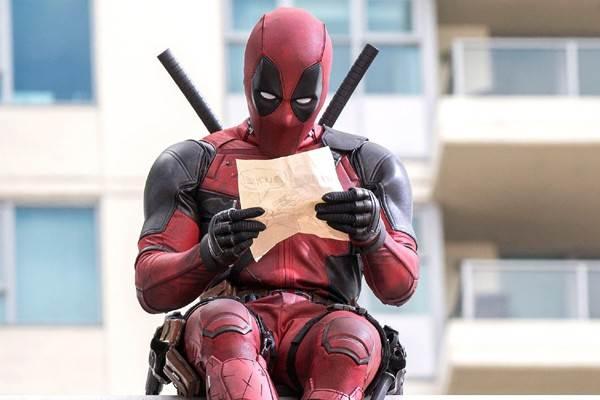 "Poster film ""Deadpool"" (2016) yang disutradarai oleh Tim Miller dan dibintangi antara lain oleh Ryan Reynolds. - Fox Movies"
