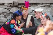 Keren, Kate Middleton dan Pangeran William Bertopi Gunung Pakistan