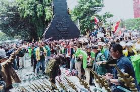Demo Mahasiswa, Massa BEM SI Mulai Bergerak Menuju…