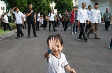 Jan Ethes dan Ibunya Tak Hadir, Gibran Sendiri Hadiri Pelantikan Jokowi-Amin