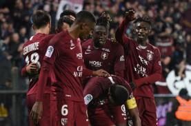 Nantes Digasak Juru Kunci, PSG Mantap Pimpin Klasemen…