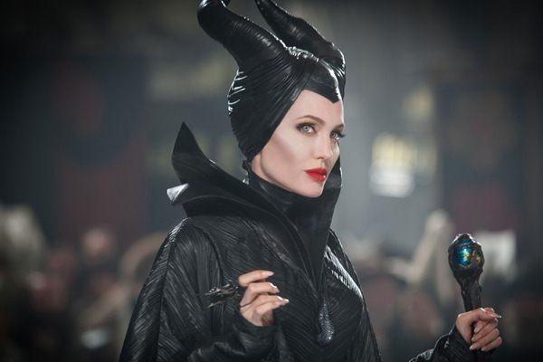 Angelina Jolie sebagai Maleficent - Disney