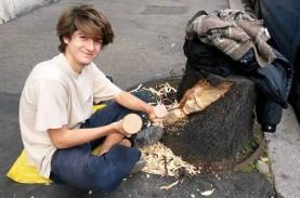 Pohon Mati di Roma Jadi Karya Seni di Tangan Gandini…