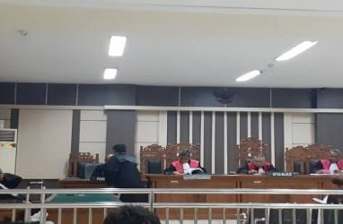 Mantan Bupati Sragen Dituntut 1 Tahun 6 Bulan Penjara