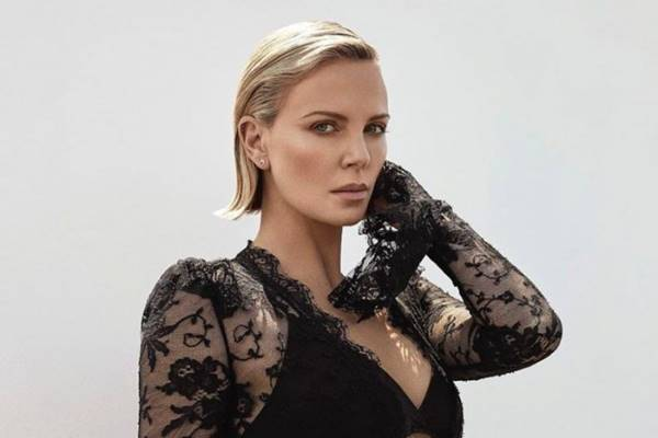 Charlize Theron - Instagram