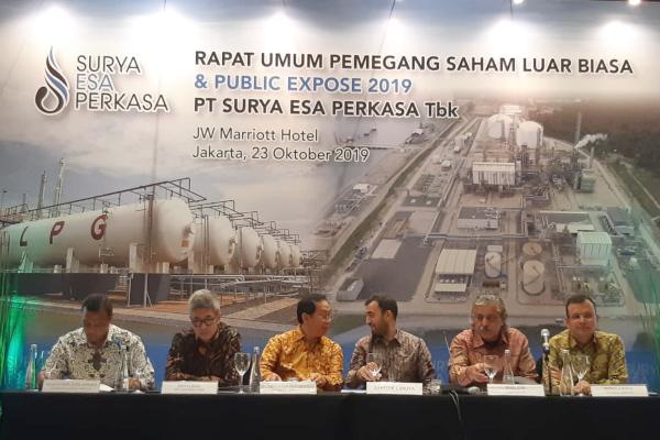 Manajemen PT Surya Esa Perkasa Tbk. saat menggelar paparan publik di Jakarta, Rabu (23/10/2019). - Bisnis/Muhammad Ridwan).