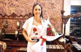 "Penerjun Payung Perempuan Naila Novaranti Raih ""Women of The Year 2019"""