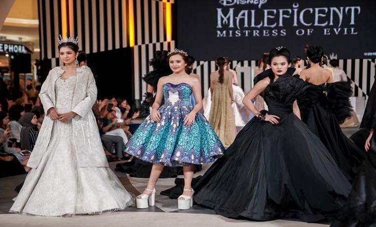 Disney Indonesia berkolaborasi dengan Senayan City menghadirkan pagelaran fashion show spesial yang terinspirasi dari kisah terbaru Disneys Maleficent: Mistress of Evil. - Dok. Disney Indonesia