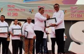Pemda Lutra Raih 2 Penghargaan TPAKD dari Otoritas Jasa Keuangan