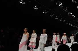 Rexona Dry Serum Gandeng 3 Desainer di Panggung Jakarta Fashion Week 2020