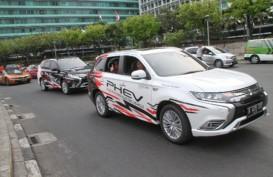 Kendaraan Listrik: Mitsubishi Outlander PHEV Ramaikan Jakarta Langit Biru