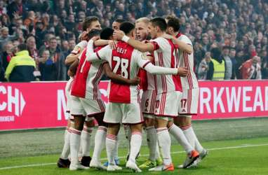 Hasil Liga Belanda : Ajax Habisi Feyenoord 4 - 0, PSV Dibantai 0 - 4