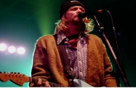 Kardigan Bolong Kurt Cobain Terjual Rp4,6 Miliar