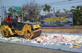 Produk Ilegal Rp3,1 Miliar Dimusnahkan di Semarang