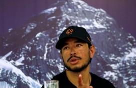 Nirmal Purja Mendaki 14 Gunung Tertinggi Dunia Hanya dalam 6 Bulan