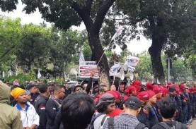 Jelang Penetapan UMP, Ini Tuntutan Demo Buruh di Balai…