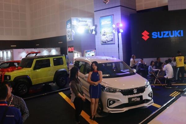 Suasana booth Suzuki di IIMS 2019 Surabaya. - SIS