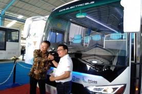 Moeldoko Serahkan Bus Listrik Produksi Perdana MAB…