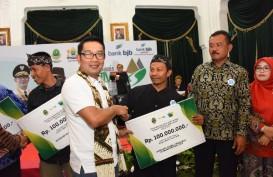 Ridwan Kamil Berikan Modal Usaha 500 BUMDes