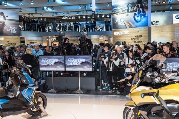 Peluncuran produk BMW Motorrad. - BMW