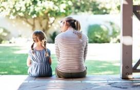 Bicarakan Seks dengan Anak, Inilah Saat yang Tepat Menurut Pakar