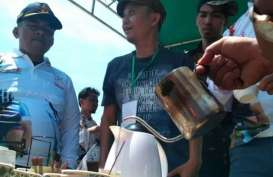 Sarebu Galeh Kopi Gratis Warnai Balap Sepeda Tour de Singkarak