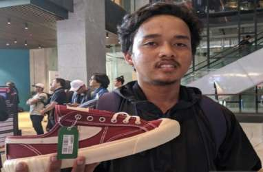 Rela Menginap demi Sneaker 'Dewa' Compass